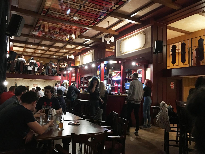 The-Charlatan's-Pub-Timisoara-Toma-Grozavescu